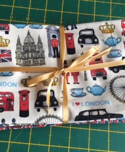 Bundles of 6 Quality Fabric Fat Quarters London Icons